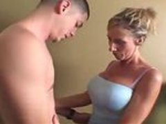 golden milf vids